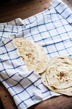 Journey Kitchen: How To Make The Everyday Indian Flatbread - Roti/Chapati. Use vegetable oil instead of ghee!