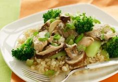 Chicken and Shiitake Mushroom Stir Fry - Find more recipes at http://www.hinoderice.com/recipes