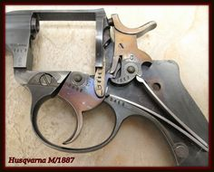 Husqvarna M / 1887 Revolver - Pinner Für Alles Airsoft Sniper, Airsoft Guns, Weapons Guns, Guns And Ammo, Homemade Shotgun, Revolver Pistol, Revolvers, Homemade Weapons, Gun Art