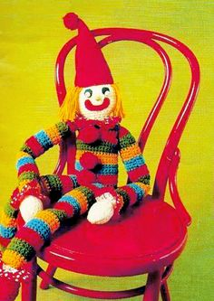 Items similar to PDF Vintage Giant sized 'Rainbow' Clown Toy Crochet Pattern Rag Doll EASY Kitsch Victorian Traditional Stripey Long-Limbs Pon-Pon on Etsy Retro Crafts, Vintage Crafts, Easy Knitting, Knitting Patterns, Crochet Patterns, Yarn Bombing, Craft Cocktails, Retro Home Decor, Retro Toys
