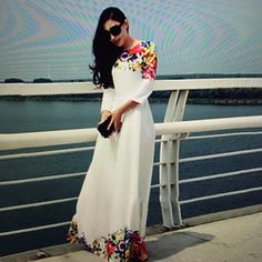 Women's Vintage style Print Beach Maxi Dress Women's Vintage Print Beach Maxi Dress (Polyester) ********SIZE SAYS XTRA LARGE BUT IT FROM ASIA AND I FEEL IT FITS LIKE AN XTRA SMALL USA OR SMALL USA. Dresses