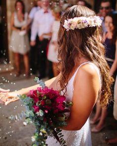 Our lovely bride #mallorca #hochzeitsplaner #weddingplaner #luxuryweddingplanner #hochzeitsplanermallorca #bridalhair #bridalflowers #brautstrauss #bridalbouquet