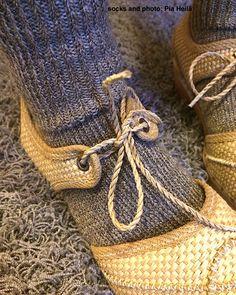 wool+metal yarn socks and paper+wood shoes
