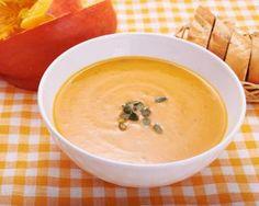 Velouté de potiron, maïs et mimolette : http://www.fourchette-et-bikini.fr/recettes/recettes-minceur/veloute-de-potiron-mais-et-mimolette.html