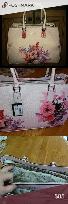 Authentic Signature Guess Ashville Tote bag NWT Gorgeous floral print bag with signature Guess logo on pink blush background. 3 compartments with middle zipper and tons of room. 2 shoulder straps, silver hardware! Brand new from retail. #FF655123 Blush floral. Guess Bags Totes Pink Purple, Blush Pink, Guess Bags, Printed Bags, Shoulder Straps, Totes, Floral Prints, Middle, Retail