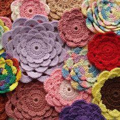 Crochet a bouquet wi
