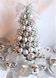 DIY Christmas Tree | Holla-Days!