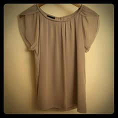 Apostrophe top Sheer grey top with details on the collar and cap sleeves Apostrophe Tops Blouses