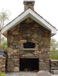 Wood Fired Pizza Oven in Outdoor Fireplace