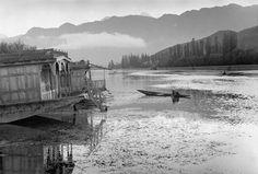 © Henri Cartier-Bresson/Magnum Photos. Srinagar, Kashmir - 1947. At dawn, morning ablution in the lake.