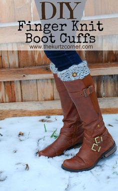 38 Easy Knitting Ideas - DIY Finger Knit Boot Cuffs- Knitting Ideas For Beginners, Cute Kinitting Projects, Knitting Ideas And Patterns, Easy Knitting Crafts, Gifts You Can Knit, Knitted Decors http://diyjoy.com/easy-knitting-ideas