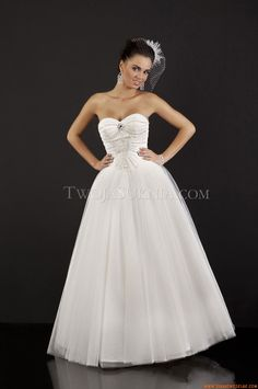 Suknia ślubna Relevance Bridal Candelas Charming Simplicity