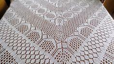 Tricot circulaire. Toalha de tricô circular. Knitting.