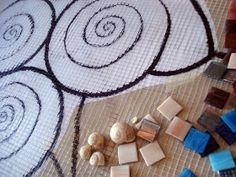 MOSAICOS MALLORCA: Mosaico Marino Arte Pop, Colored Glass, Arts And Crafts, Art Crafts, Wall Murals, Stained Glass, Lily, Stone, Holiday Decor