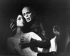 Nosferatu - Klaus Kinski and Isabelle Adjani ( 1979 )