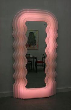 mirror, mirror                                                                                                                                                                                 Plus