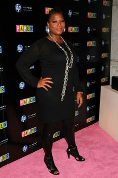 Queen Latifah Cutout Boots - Queen Latifah brings life to an all-black outfit with her accessories, including her leather cut-out sandals. Cutout Boots, Plus Size Fashionista, Black Actresses, Queen Latifah, Famous Women, Famous People, All Black Outfit, Tall Women, African Fashion Dresses