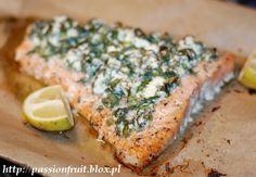 Feta and Herb crusted Salmon. Łosoś pieczony z fetą i świeżymi ziołami.