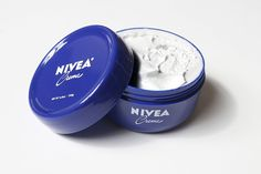 """I've been using this product for the past 2 weeks. My complexion looks amazing and has CLEARED UP COMPLETELY! I haven't had this """"clear"""" skin since I was a teenager. For real. Never buying a high end cream again. Diy Beauty, Beauty Hacks, Beauty Tips, Hair Secrets, Beauty Treats, Body Spa, Routine, Little Bit, Love Your Skin"""