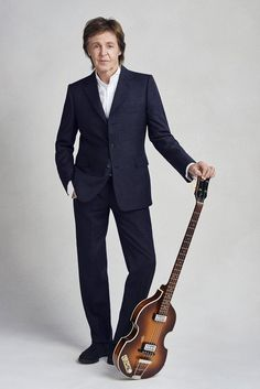 8f2613a880b1b 6/16/2017 Paul McCartney is awarded The Companion of Honour Music Guitar,