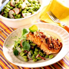 Spread a mixture of miso, ginger, and cayenne pepper on a large salmon fillet. #myplate #protein #vegetables