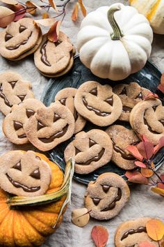 Milk Chocolate Stuffed Jack-O'-Lantern Cookies Halloween party , kids baking or trick or treat bag gift recipe - Half Baked Harvest Cookies Fourrés, Filled Cookies, Pumpkin Cookies, Cookies Et Biscuits, Pumpkin Spice, Stuffed Cookies, Pumpkin Butter, Cinnamon Sugar Cookies, Cookies Vegan