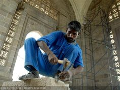 Labour ministry seeks Cabinet nod for fixing minimum wage for unskilled workers - The Economic Times