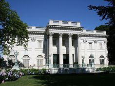 PHOTOS: The Newport Mansions - Business Insider