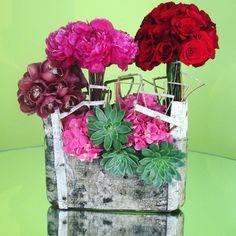 Happy Valentines Day ❣ #alwaysflowersevents #custom #floralarrangements #happyvalentinesday #fresh #flowers #peonies #roses #orchids #hydrangeas #succulents