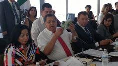 <p>Chihuahua?, Chih.- El líder sindical del Colegio del Bachilleres del Estado de Chihuahua, José Acuña Peralta presentó ante