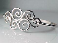 Zilveren Swirl Bracelet  Armband van de golven van de spiraal