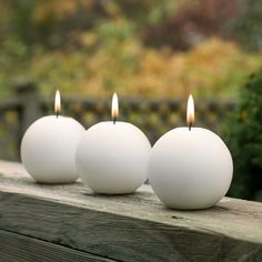 Ball candles are a playful way to add some softness and ambiance to home decor. They look super cute in most pillar candle holders or lanterns. Brown Candles, Yellow Candles, Tea Light Candles, Pillar Candles, Floating Candle Holders, Floating Candles Wedding, Candle Set, Candle Pics, Candle Making