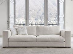 OZIUM Sofa by D�sir�e design Roberto Gobbo