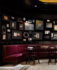 pad kialakítása színe anyaga, esetleg a képek a falon Luxury Interior, Interior And Exterior, Interior Design, Restaurant Interiors, Restaurant Design, Andreas Restaurant, Irish Pub Decor, Speakeasy Bar, New York Hotels