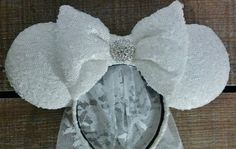 Hey, I found this really awesome Etsy listing at https://www.etsy.com/listing/279214794/bridal-minnie-ears