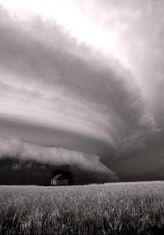 Shelf Cloud LOVE this in B  W.