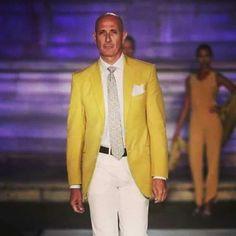 💛💛💛 . . . . . . . #LucaLitrico #мода #fashion #instamoda #модныйприговор #кино #москва #moscow #малахов #гагарин #путин  #галаров #первыйканал #sartorialitrico #cinema #it #италия #казань #usa #london #milan  #europe #roma #style #crocus #abbigliamento #Tailor