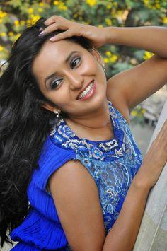 Ishika Singh Latest Photos