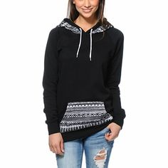 Mix up your basic hoodie look and add the Long Beach Tribal Print pullover hoodie from Empyre Girl to your wardrobe. Built with a slim, longer fit in a Black colorway, this tunic style hooded sweatshirt from Empyre has a Black and White native print at th