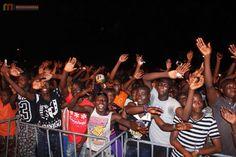 La foule emportée par la musique