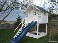 Kids Yard, Backyard For Kids, Cubby Houses, Play Houses, Playhouse Outdoor, Ivy House, Exterior, Cubbies, Playground