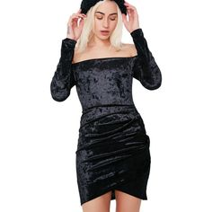 Black Off Shoulder Velvet Dress ($38) ❤ liked on Polyvore featuring dresses, off-shoulder dresses, off the shoulder cocktail dress, bodycon cocktail dresses, body conscious dress and body con dresses
