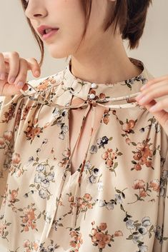 Best 11 Peach Blossom Top – Miss Patina Sleeves Designs For Dresses, Neck Designs For Suits, Neckline Designs, Dress Neck Designs, Frock Fashion, Fashion Dresses, Kurta Designs, Blouse Designs, Stylish Dresses For Girls