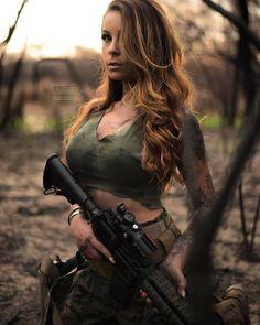 Guns weapons girls ♥️
