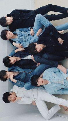 bts v jimin jungkook Bts Taehyung, Bts Jimin, Bts Bangtan Boy, K Pop, Bts Lockscreen, Foto Bts, Billboard Music Awards, Oppa Gangnam Style, Bts Group Photos