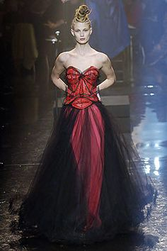 Jean Paul Gaultier Spring 2005 Couture Fashion Show - Michelle Buswell
