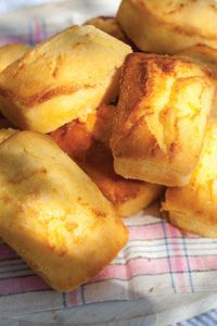 Cornbread    From Cooking with Paula Deen, Web Exclusive
