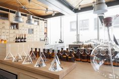 Hotel Magna Pars opens a Perfume Laboratory Cosmetics Laboratory, Booth Decor, Window Display Design, Perfume Store, Boutique Interior, Wooden Cabinets, Restaurant, Retail Design, Stores