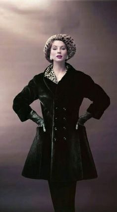 Suzy Parker in Maximilian Seal 1955