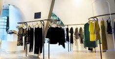 Замечательный дизайн интерьера магазинов одеждыЗамечательный дизайн  интерьера магазинов одежды b6a8467ee5c